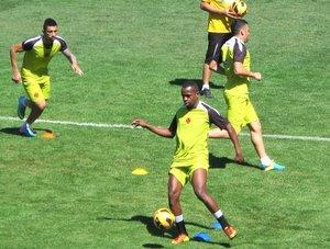 Sandro Silva e Bernardo foram alguns lesionados que reapareceram em São Januário