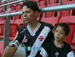 Rafael retorna ao Mané Garrincha com o filho Matheus