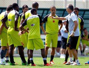 Assunto queda é debatido no treino do Vasco