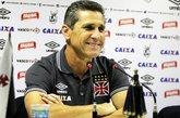 Volante precisa apenas do aval do técnico Jorginho para seguir no Vasco