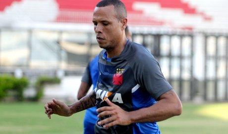 """Gilberto sobre Luis Fabiano: """"Dá pra ver que tem vontade de trabalhar"""""""