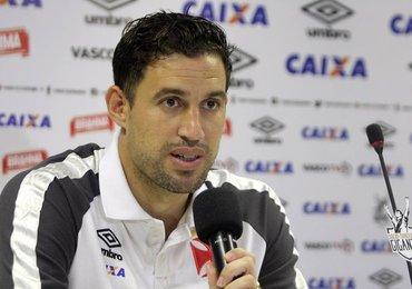 Martín Silva desmente clima ruim entre jogadores e Milton Mendes