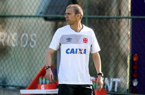 Milton Mendes