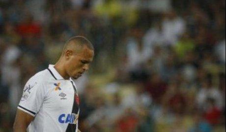 Vasco não aproveita chances e é goleado pelo Fluminense no Maracanã