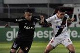 Apesar da instabilidade, Paulinho segue como titular do Vasco
