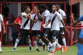 Vasco e Flamengo duelam valendo a liderança (Foto: Paulo Fernandes/Vasco.com.br)