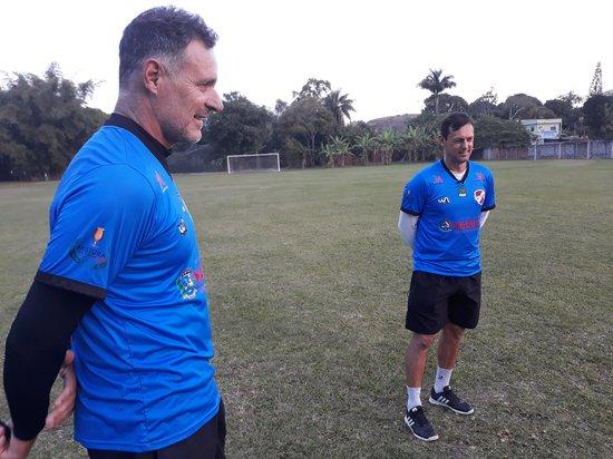 Carlos Germano e Sorato trabalham juntos no Maricá, clube da terceira divisão do Carioca