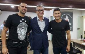 Leandro Castan e Vinícius Araujo