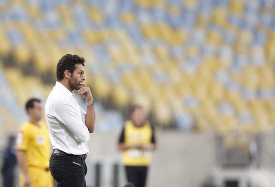 Alberto Valentim avaliou o desempenho do Vasco em campo