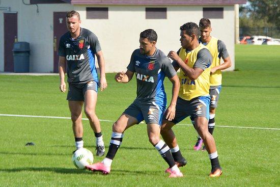 Marcelo Mattos treinando com bola na Flórida Cup.