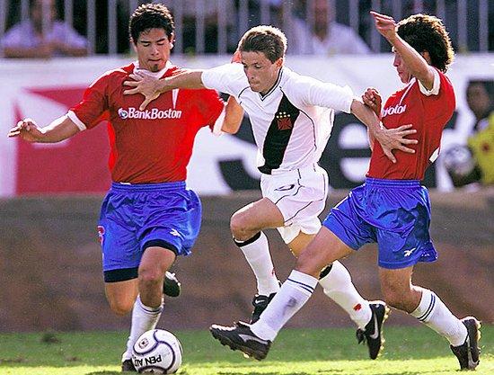 Juninho Paulista em partida do Vasco contra o Universidad Católica, em 2001