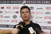 Alexandre Faria conversou com a imprensa (Foto: Rafael Ribeiro/Vasco.com.br)
