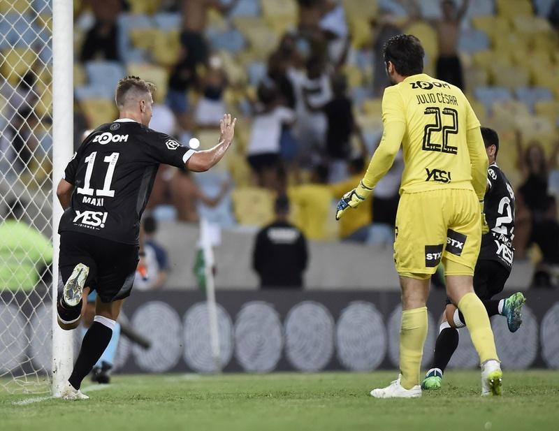 Gol Vasco Maxi Lopez