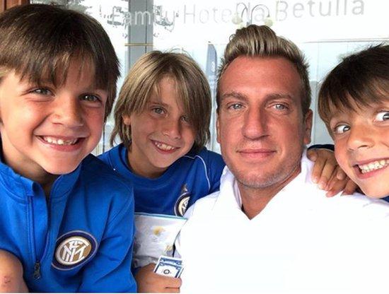 Maxi López posta foto com os filhos