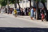 Torcida Vascaína esperando comprar ingressos (Foto: Twitter oficial do Vasco/ Reprodução)