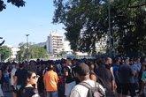 Torcida Vascaína se concentrando fora do Estádio do Maracanã (Foto: Lucas Pedrosa/Reprodução)