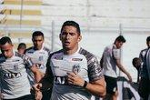 Danilo Barcelos durante sua passagem pela Ponte Preta (Foto: Luiz Guilherme Martins/ PontePress)