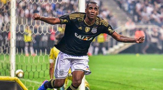 Destaque da Ponte Preta, em 2017, Marllon não teve chances no Corinthians em 2018