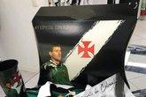 Kit comemorativo do Carlos Germano (Foto: Twitter oficial do Vasco/ Reprodução)