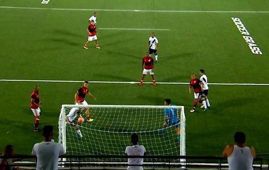 Lance do gol de Sorato