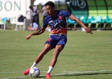 """Caio Monteiro: """"Espero me manter bem para ajudar o Vasco"""""""