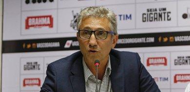 Alexandre Campello vive pressão política no Vasco desde que assumiu o clube