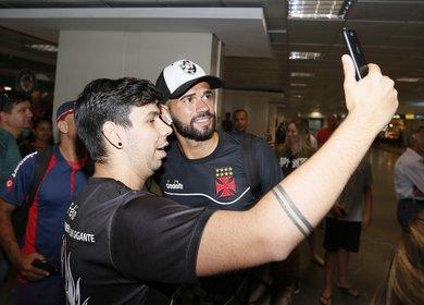 Castan recebe o carinho dos cruzmaltinos em Brasília