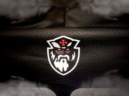 Detalhe uniforme Vasco Almirantes
