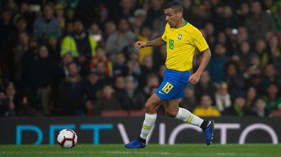 Allan foi titular da seleção brasileira contra a República Tcheca na última terça
