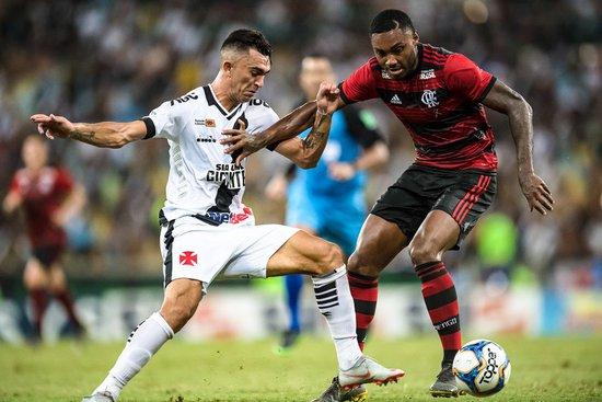Danilo Barcelos foi crucial para empate do Vasco