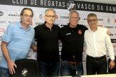 Jorge Veríssimo é o segundo da esquerda para a direita (Foto: Paulo Fernandes/Vasco.com.br)