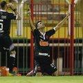 Tiago Reis comemora seu primeiro gol
