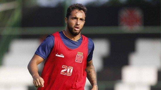 Hugo Borges em ação no treino do Vasco