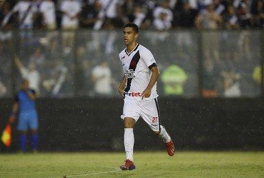 Tiago Reis estreou pelo time principal no início de março