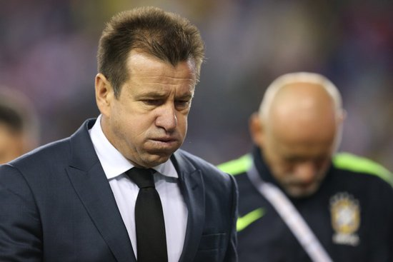 Dunga está na mira do Vasco