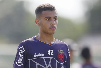 Pedro espera por grande atuação do Vasco diante do Sport