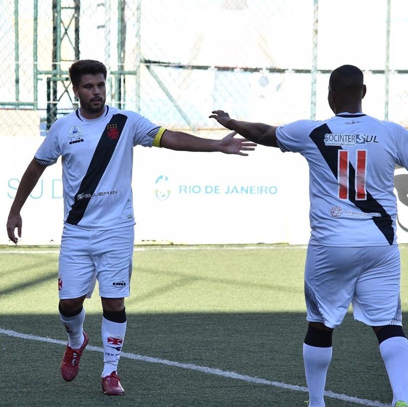 Vasco goleia o Olaria pela Copa SUDERJ