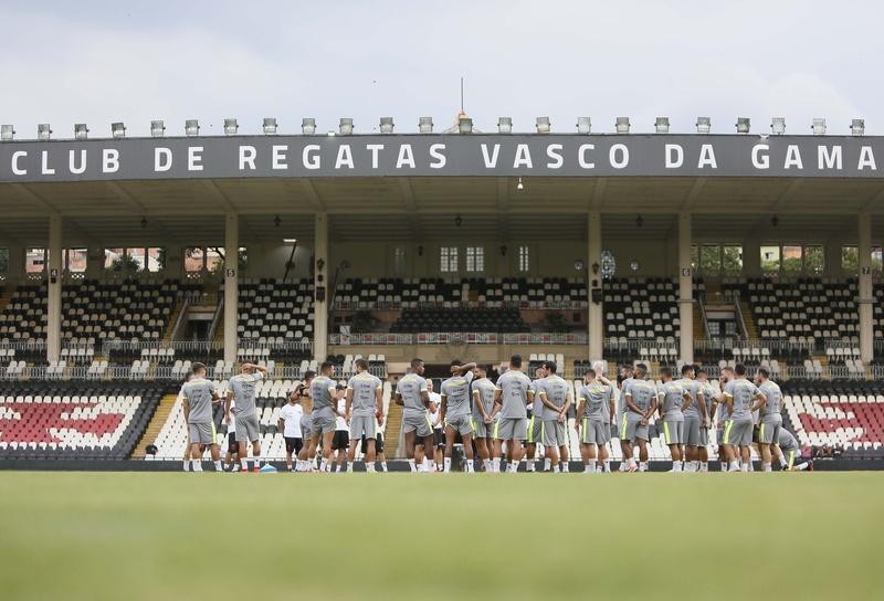 Elenco do Vasco tem 39 jogadores