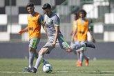 Marquinho treinou entre os titulares (Foto: Rafael Ribeiro/Vasco.com.br)