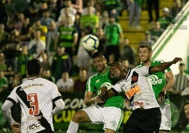 Vasco não marcava 2 gols em uma partida como visitante desde 2017