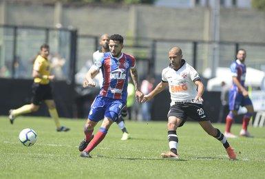 Clayton em estreia no Vasco diante o Bahia