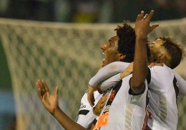 Vasco vence a Chapecoense na Arena Condá; 2 a 1