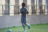 Talles voltou a treinar com os outros jogadores do Vasco na tarde desta quinta-feira (Foto: Felippe Costa)