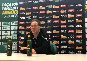 Luxemburgo exalta vitória e diz que quer ficar no Vasco em 2020
