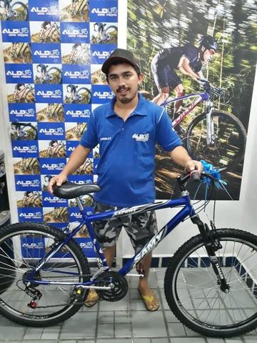Raylson ganhou uma nova bicicleta