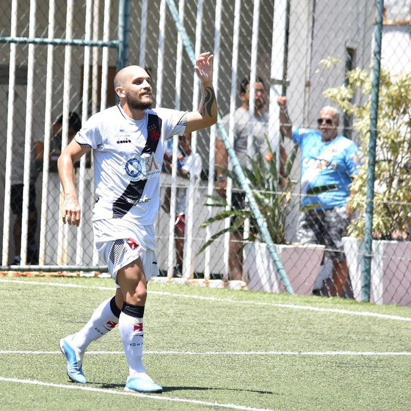 Vasco vence a Portuguesa/ Futebol 7