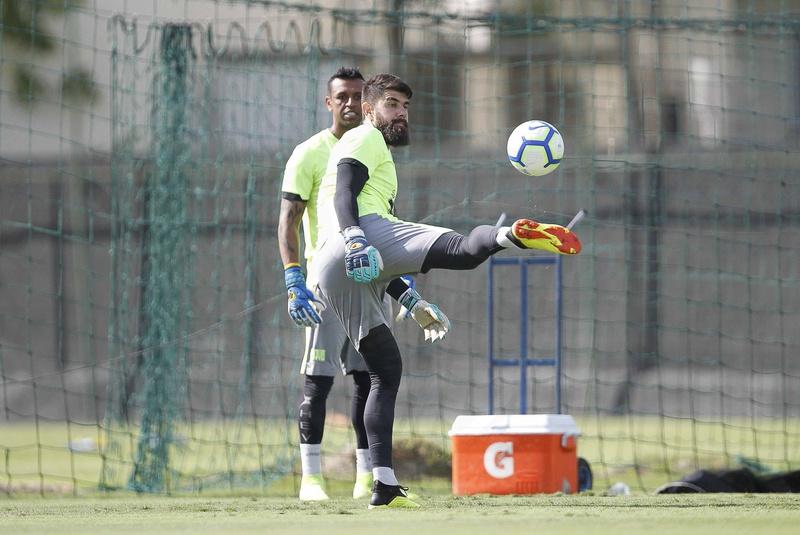 Fernando Miguel em treino