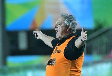Abel Braga comanda o time durante o jogo contra o Boavista