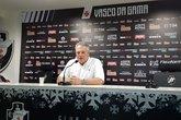 Abel Braga, técnico do Vasco, em coletiva de imprensa (Foto: Hector Werlang)