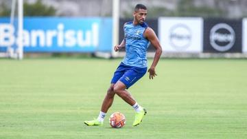 Michel tem contrato com o Grêmio até 2021, e neste ano estará emprestado ao Fortaleza